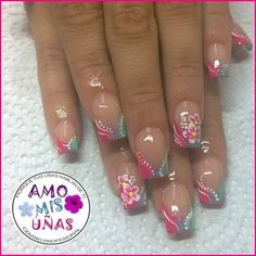 Amo mis uñas