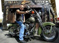 Hells Angels Boss Sonny Barger In Oakland California Grainey Glossy Photo Biker News, Sonny Barger, Hells Angels, Oakland California, Bobber Motorcycle, Custom Harleys, Harley Davidson, Boss, Choppers