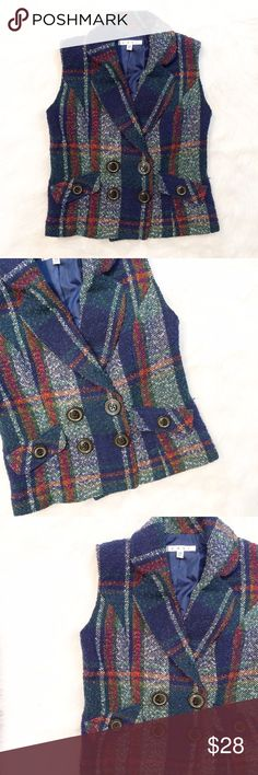CAbi #908 Plaid sleeveless vest CAbi Plaid Blazer style vest, in excellent condition, style #908. Size XS, dry clean only, fully lined interior, shell - 53% polyester, 44% wool, 3% other materials. CAbi Jackets & Coats Vests