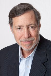 Charles A. Moss, M.D. is a pioneer in the integration of nutritional and environmental medical approaches with acupuncture and relaxation techniques in treating the whole person. Since 1978 he has been at the forefront of the integrative medical revolution and helps people achieve optimal wellness through nutritional and environmental medicine, acupuncture and anti-aging medical therapies.