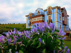 Merodio Asturias is beautiful and has lots of hotels. Ofcourse we are only looking for the best hotels in Merodio Asturias. Top Hotels, Best Hotels, Indiana, Paraiso Natural, Hotel Reviews, Mansions, House Styles, Travel, Home Decor
