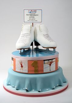 This will be a great cake to use to celebrate the Inns Skating Rink Opening next ski season!!! Yay!!!