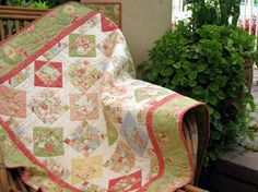 (7) Name: 'Quilting : Gift Box Quilt for 5' charm squares