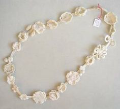 Collana crochet total white