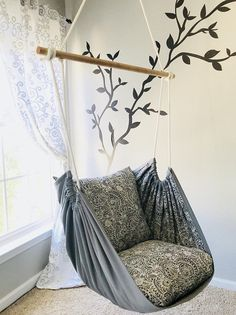 Hängemattenschaukel, Lesesessel – Innen- / Außenbereich – Kristi McCain - new site Diy Hammock, Hammock Swing, Hammock Ideas, Outdoor Hammock, Camping Hammock, Hammocks, Diy Room Decor, Bedroom Decor, Home Decor
