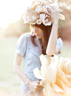 Read: 5  You'll Love Paper Flower Headpieces - design Honey Bee Events #diy #paperflowers #tutorial