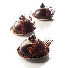 PEUREUX - Espace Pro Premium Gastronomie - Raspberry blackcurrant chocolate criolait - Chef's recipes - Cassis collection
