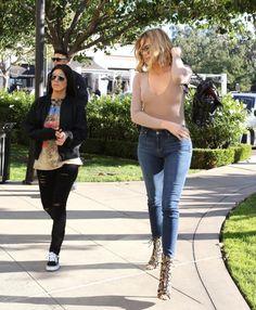 Kourtney Kardashian 11/05/16