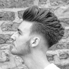 64 Ideas haircut hombre mohicano for 2019 Undercut Hairstyles Women, Cool Hairstyles For Men, Hairstyles Haircuts, Girl Haircuts, Haircuts For Men, Pelo Hipster, Hair And Beard Styles, Short Hair Styles, Gents Hair Style