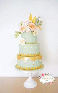Mint, Peach & Gold wedding cake with a little Swarovski sparkle