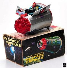 Space Capsules - SPACE CAPSULE, PLAIN SILVER VERSION - HORIKAWA - JAPAN - ALPHADROME ROBOT AND SPACE TOY DATABASE
