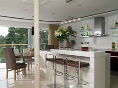 Beautiful Kitchens | Home Interior, Designing Intriguing Beautiful Kitchens Design in Many #kitchenroomideas #kitchenroom ...