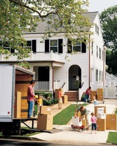 Week-by-week tips to make your move to a new home 100% easier. (Photo by: Martha Stewart Living)