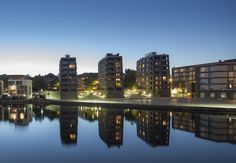 Fink + Jocher. Architekten. Barer Straße 44. D-80799 München. Photo Blue, Layout Design, Facade, New York Skyline, River, Outdoor, Night, Hamburg, Architecture