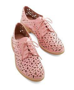 Flats amore!: 20 pairs of flats to put your best foot forward