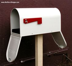 The Newport Mailbox is a medium size mailbox that sets the new quality standard for metal mailboxes at this price. Available in seven durable colors. Metal Mailbox, Mounted Mailbox, Rear Ended, Newport, The Past, Doors, Outdoor Decor, Gardening, Link