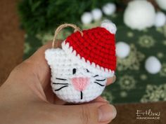 Christmas Cat Lover Gifts, Handmade Cat Ornaments, Crocheted Cat with Santa Hat, White Cat Owners Gift Idea Crochet Christmas Decorations, Crochet Ornaments, Crochet Decoration, Holiday Crochet, Diy Christmas Ornaments, Christmas Sewing, Christmas Knitting, Christmas Cats, Christmas Time