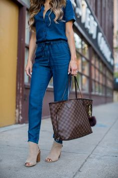 Trending: Denim Jumpsuit - Asos Denim Jumpsuit // Quay Mirrored Rose Gold Sunglasses // Sole Society Booties // Louis Vuitton Neverfull 'MM' bag June 13th, 2016 By Maria