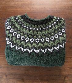 Ravelry: Project Gallery for Riddari pattern by Védís Jónsdóttir Fair Isle Knitting Patterns, Knit Patterns, Knitting Wool, Knit Or Crochet, Ravelry, Knitting Projects, Crochet Projects, Stitch Witchery, Icelandic Sweaters