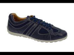 Das Merkmal von Geox Schuhen ist ihre atmungsaktive Sohle. Diese ist mit einer luftdurchlässigen Membran ausgestattet, die wasserdicht ist, gleichzeitig aber für eine ständige Belüftung sorgt und somit die Entstehung unangenehmer Gerüche verhindert. Das Design der Geox Schuhe ist dabei sehr vielseitig. So finden Sie hier nicht nur übliche Sportschuhe der Marke, sondern auch Herrenhalbschuhe oder Geox Schuhe in Form traditioneller niederländischer Holzclogs. Neben den Geox Schuhen bieten wir…
