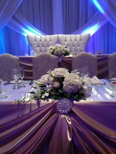 #Wedding #decor by Le Papillon Events at The Venetian in Vaughan, #head #table #flowers #linens and #backdrop
