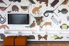 Georgous wallpaper! So funky! So me! Designtex mined the Charley Harper graphic archives with the help ofdesigner and author Todd Oldham, who worked closely with Charley during his later years and is currently the steward of the Harper archive, to develop a line of contract-friendly textiles and wallcoverings.