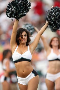 Philadelphia Eagles cheerleader dances on August 6 2006 in the AFCNFC Pro…