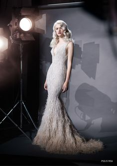 Paolo Sebastian haute couture spring/summer 2019 - Vogue Australia See the entire Paolo Sebastian haute couture spring 2019 collection. Evening Dresses, Prom Dresses, Formal Dresses, Wedding Dresses, Couture Dresses, Fashion Dresses, Haute Couture Gowns, Haute Couture Fashion, Pretty Dresses