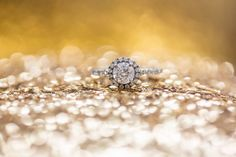 Sparkle! www.ryangreenphotography.com Austin Wedding Photographers - photos by Ryan & Lindsey Green