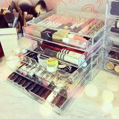 muji storage, make up Muji Storage, Make Up Storage, Makeup Storage Organization, Storage Ideas, Makeup Drawer, Makeup Studio, Colorful Pictures, Makeup Collection, Makeup Addict