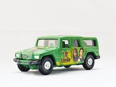 TAKARA TOMY TOMICA DISNEY Toyota Mega Cruiser D-25 Pirates of the Caribbean Dead Man's Chest Diecast Car Figure Limited Edition Green