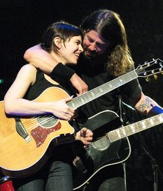 """""""There are some guitar players that are good. There are some guitar players that are really f'n good. And then there is Kaki King."""" - Dave Grohl    During a sold-out Foo Fighter's show at London's O2 Arena, Grohl invited King on stage to perform the FF song """"Ballad of The Beaconsfield Miners"""".      Here is the video too http://www.youtube.com/watch?v=MJBEDPB7JWU"""