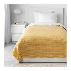 VÅRELD Överkast IKEA Med det här vävda bomullsöverkastet får din säng en levande, dekorativ yta och du extra värme och komfort.