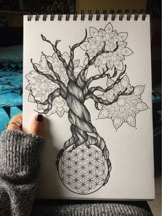 drawing Illustration art tree Black and White Italy ink Sketch doodle drawings geometric geometry mandala dot doodling flower of life sacred geometry dot work mandalas black pen tree drawing mandala drawing doodls steadtler fiore della vita disegno albero Tattoo Life, Flower Of Life Tattoo, Flower Tattoos, Life Flower, Seed Tattoo, Image Mandala, Mandala Dots, Flower Mandala, Mandalas Painting
