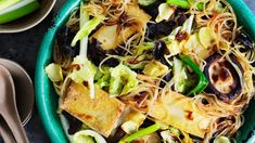 Stir-fried noodles with fresh shiitake mushrooms, tofu and cabbage