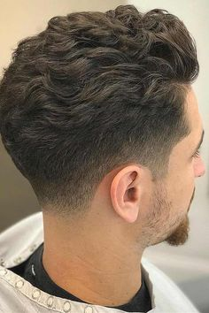 Best Wavy Hairstyles For Men Cool Haircuts For Wavy Hair - There Are Many Cool Hairstyles For Men With Wavy Hair In Fact Wavy Hair Men Have Stylish Volume And Beautiful Texture Built Right Into All Their Trendy Cuts And Styles Furthermore The Best Wavy Ha Haircuts For Wavy Hair, Wavy Hair Men, Haircut For Thick Hair, Cool Haircuts, Popular Haircuts, Hairstyles Men, Trendy Hair, Tapered Haircut Men, Mens Wavy Hairstyles Short
