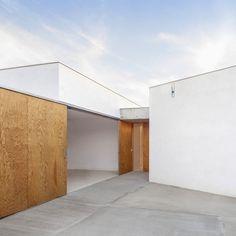 [스페인주택] 한옥 ㄷ자 형태의 건축물 디자인을 하고 싶다면 이렇게  : 네이버 블로그