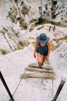 The Notch Trail is not for those with a fear of heights. Photo: Brandon Scherzberg South Dakota Vacation, South Dakota Travel, North Dakota, North America, Badlands National Park, Us National Parks, Places To Travel, Places To See, Travel Destinations