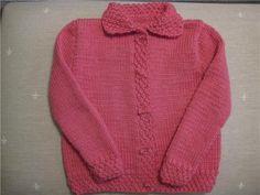 Chaqueta de lana para niñas de cinco años – La bufanda de lana Knitted Baby Clothes, Baby Knitting, Crochet, Men Sweater, Hoodies, Sweaters, Pastel, Fashion, Vestidos
