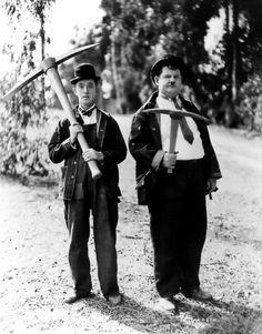Laurel and Hardy (violent)