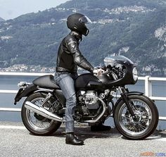 Guzzi around the lake