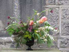 Week 20 // Slow Flowers Challenge with Astrantia, Chelsea Flower Show, White Flowers, Perennials, Tulips, Glass Vase, Floral Design, Centerpieces, Bouquet