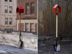 Shovel birdhouses by Jan Habraken.