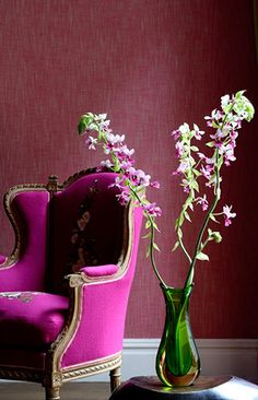 Elegant, classy pink and green home decorating - Fushia and green fall trend colors, with a textured accented wall.
