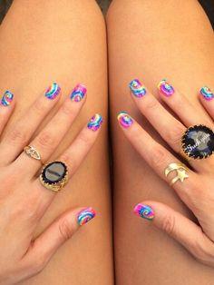 Hippie nails!✌