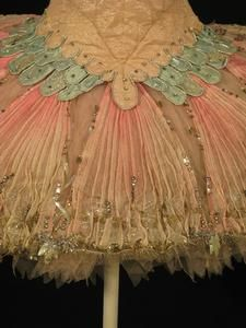 Vintage Sugar plum fairy tutu - I love old costumes.  Thought of you @Kayla Barkett Barkett Barkett Bergren