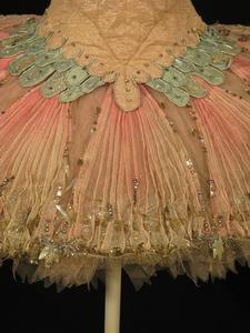 Vintage Sugar plum fairy tutu - I love old costumes.  Thought of you @Kayla Barkett Barkett Barkett Bergren