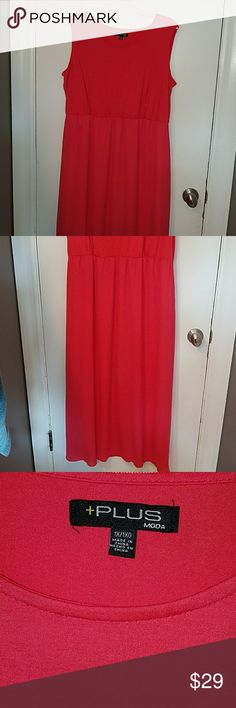 Coral maxi dress size 1X Adorable NWOT Coral maxi dress. Slight scoop neckline, jersey knit top with chiffon ankle length skirt.   Lined to the knee. Never worn. Would be so cute with a belt and sandals for date night! Moda Plus Dresses Maxi