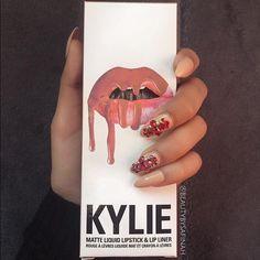 Kylie's lipkit Dolce Makeup Lipstick