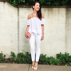 How to wear the off-shoulder trend
